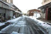 道路に雪を出さないで