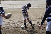 泥の上のタックル練習